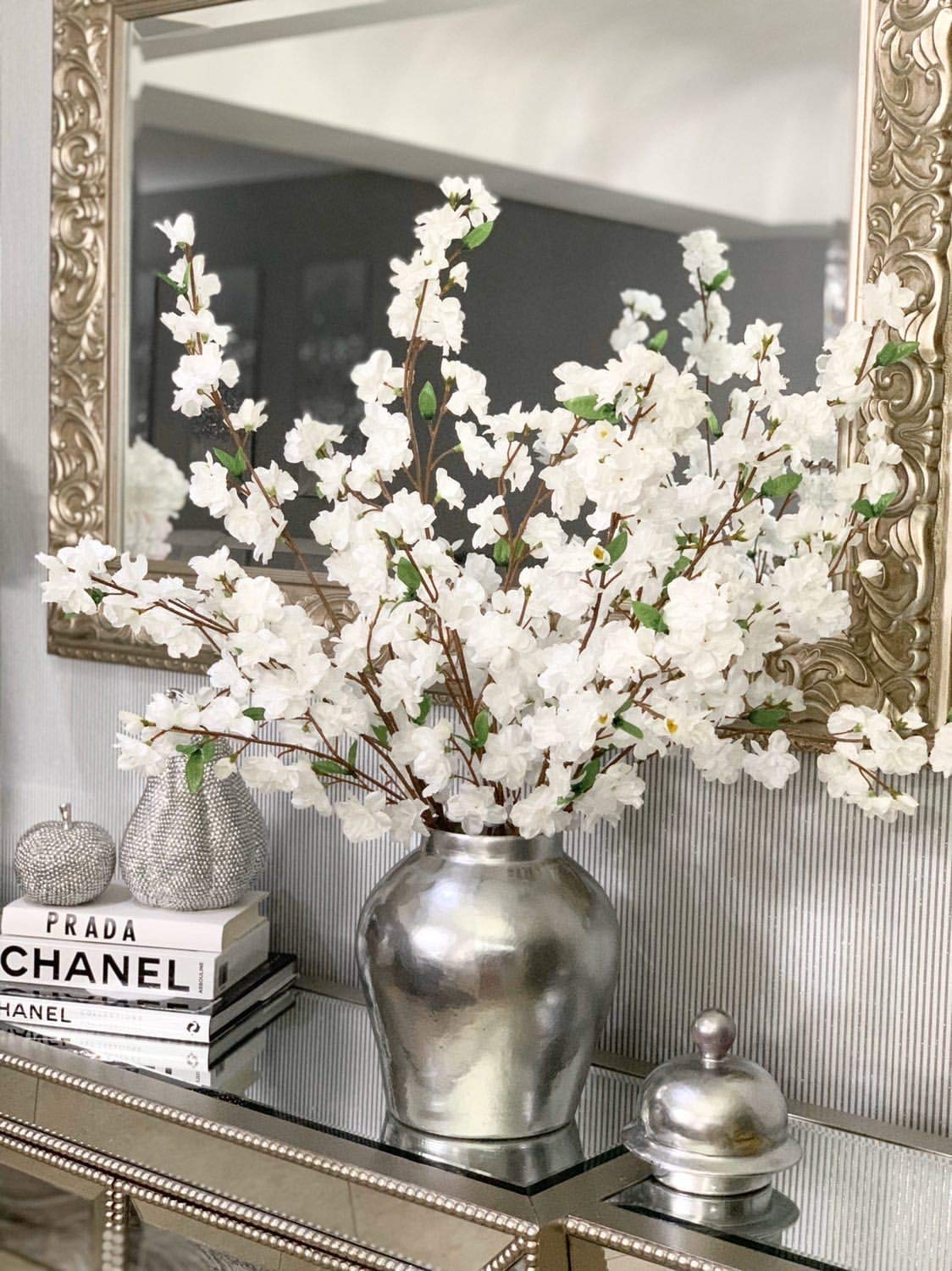Compare Silk Flowers to Live Flowers